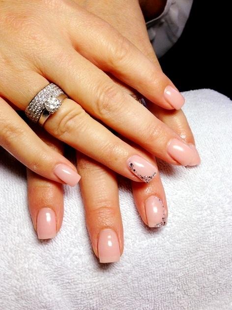 diseño uñas de gel